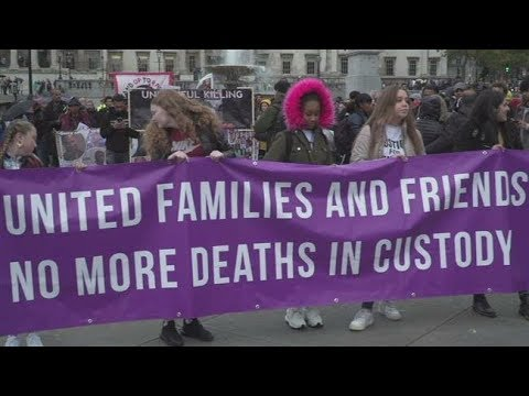 [27/10/19] Britons march against police brutality - English