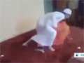 [31 Oct 2013] Footage purportedly shows migrant worker being beaten in Saudi - English