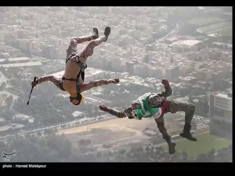 [30/10/19 Iranian Military Commandos Parachute from Milad Tower - English